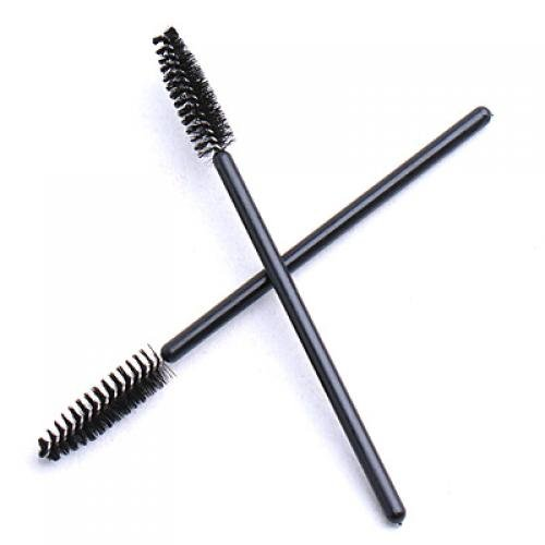how to use mascara on eyelashes