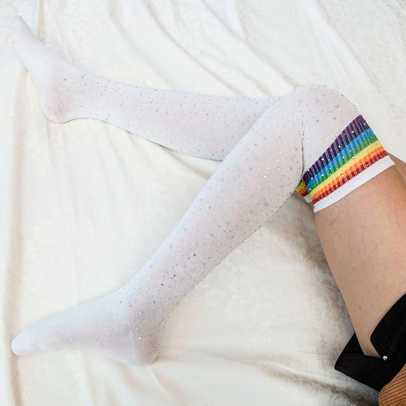 Chaussettes au genou a la mode pour femmes Bas rayes avec des strass Chausset H3