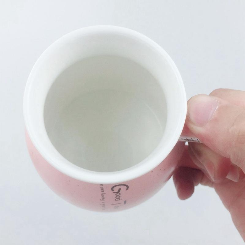 New sesame cat heat-resistant cup color cartoon with lid cup kitten milk cof