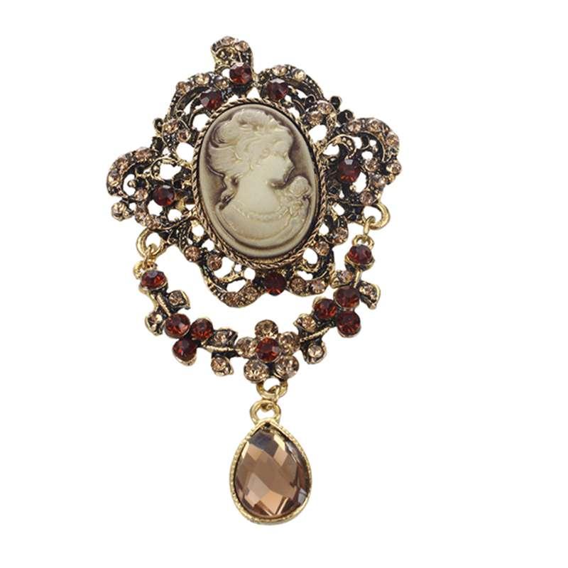 Retro-metal-champagne-brooch-pin-queen-head-embossed-top-Y7B4