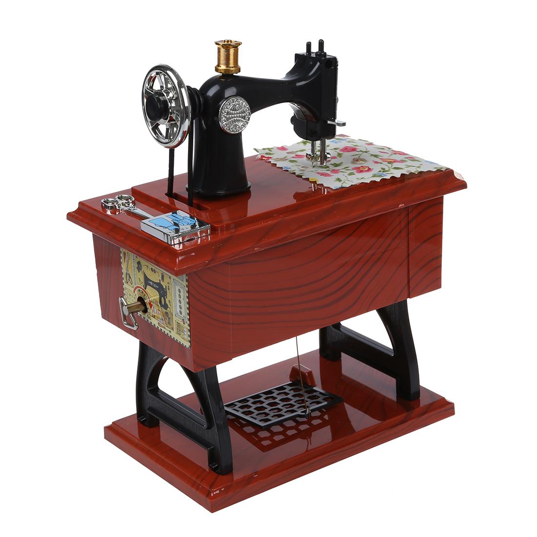 OE Musikinstrumente Aufzieh- Vintage Mini Naehmaschine Stil Mechanische Spieluhr Z8P9