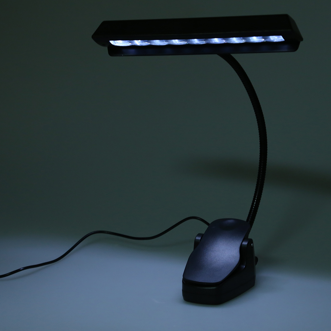 728h3 r 999 9led leselicht lampen weisses licht clip usb schreibtisch fuer buero ebay. Black Bedroom Furniture Sets. Home Design Ideas