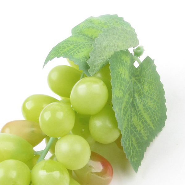 Artificial plastic fruit grapes cluster home office for Artificial fruit for decoration