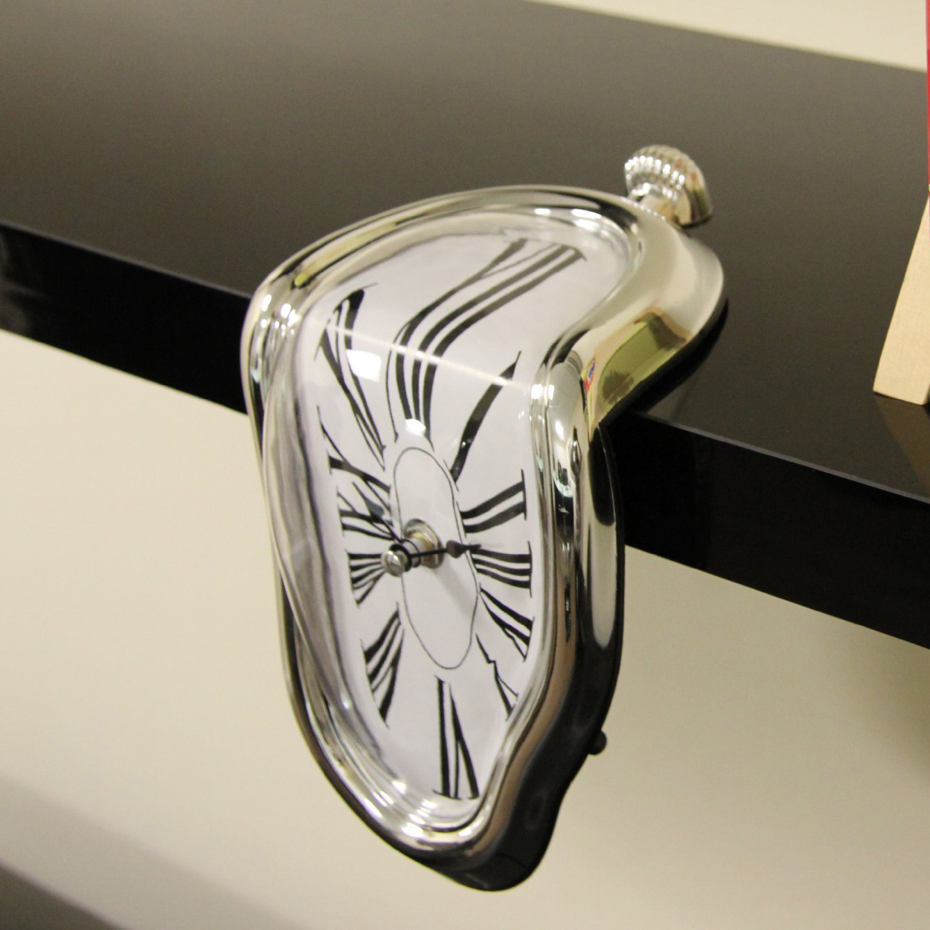 Unusual Clocks Salvador Dali Style Melting Wall Clock Kitchen Home