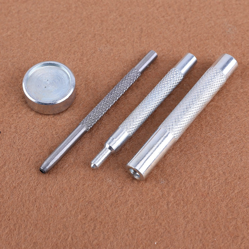 25 Stueck Silber + 25 Stueck Bronze 15Mm Schnappknopf Metall + Werkzeugsatz K9M7