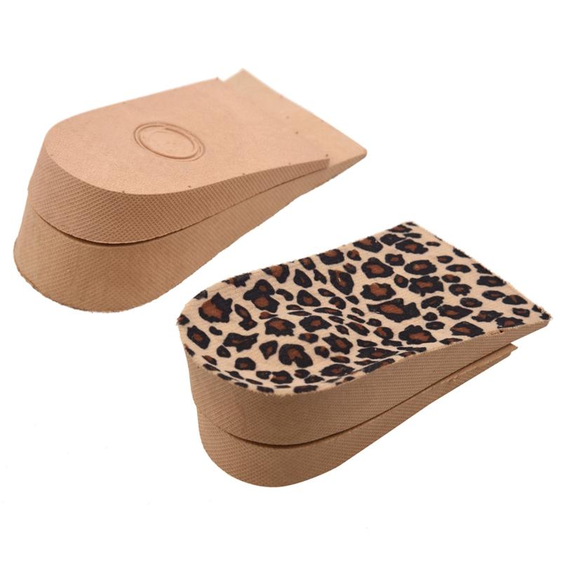 6fc83d982d5 Estas suelas de crecimiento con patrones de leopardo y son eficaces para  aumentar la altura. Estas plantillas sin las partes antes son 3 4 de  longitud de ...