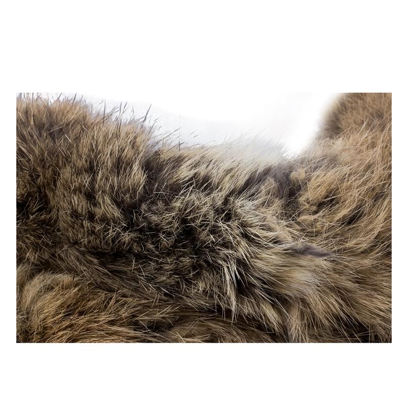 cfee9455f558 Belle echarpe en fourrure de lapin. Vous voudrez sentir et toucher cette  fourrure toute la journee, il est si luxueux et elegant! Fourrure de lapin