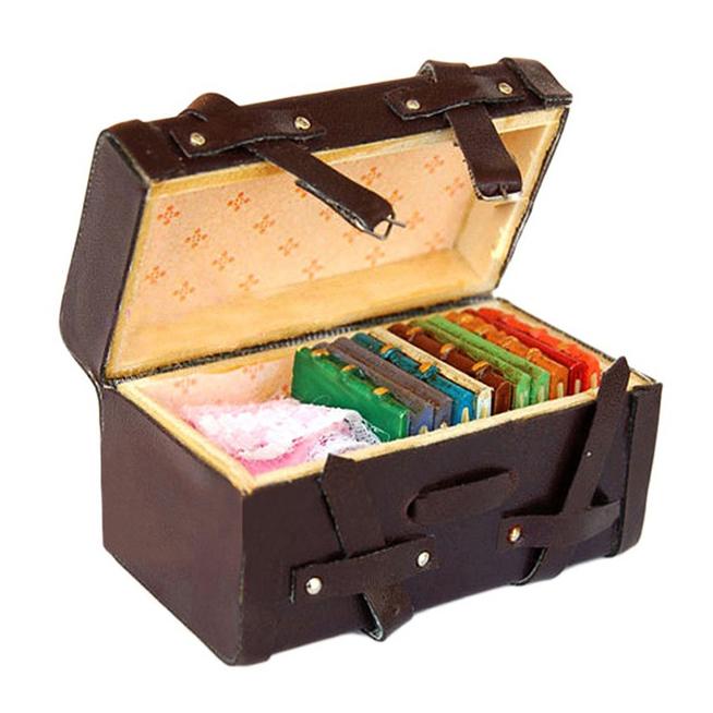 1:12 Doll house Miniature Vintage Leather Wood Suitcase Mini Luggage Box F6 M0D3
