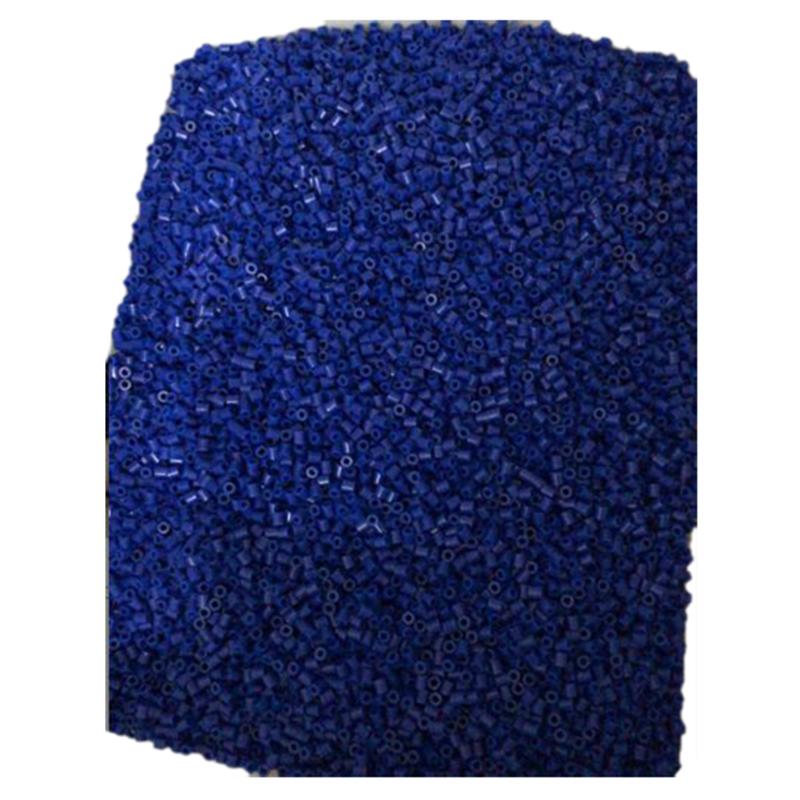 Handgemachtes Spielzeug-Zubehoer Perlen blue E3S1