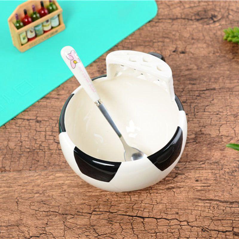 Taza-de-ceramica-Copa-dibujos-animados-en-forma-futbol-preciosa-la-marca-los-3Y9