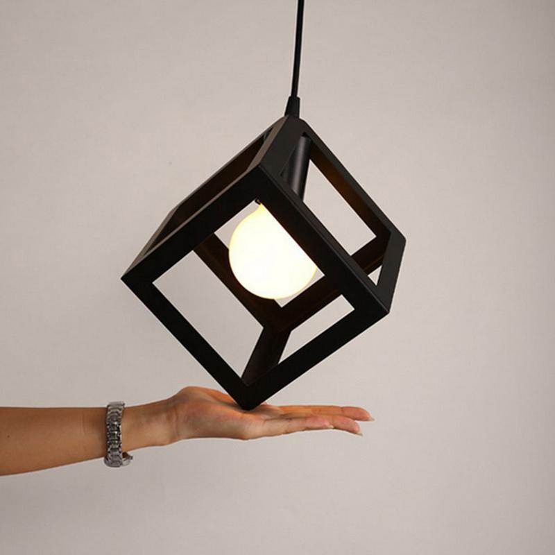 Eclairage-Plafond-Abat-jour-avec-un-support-de-suspension-Metal-industriel-SC