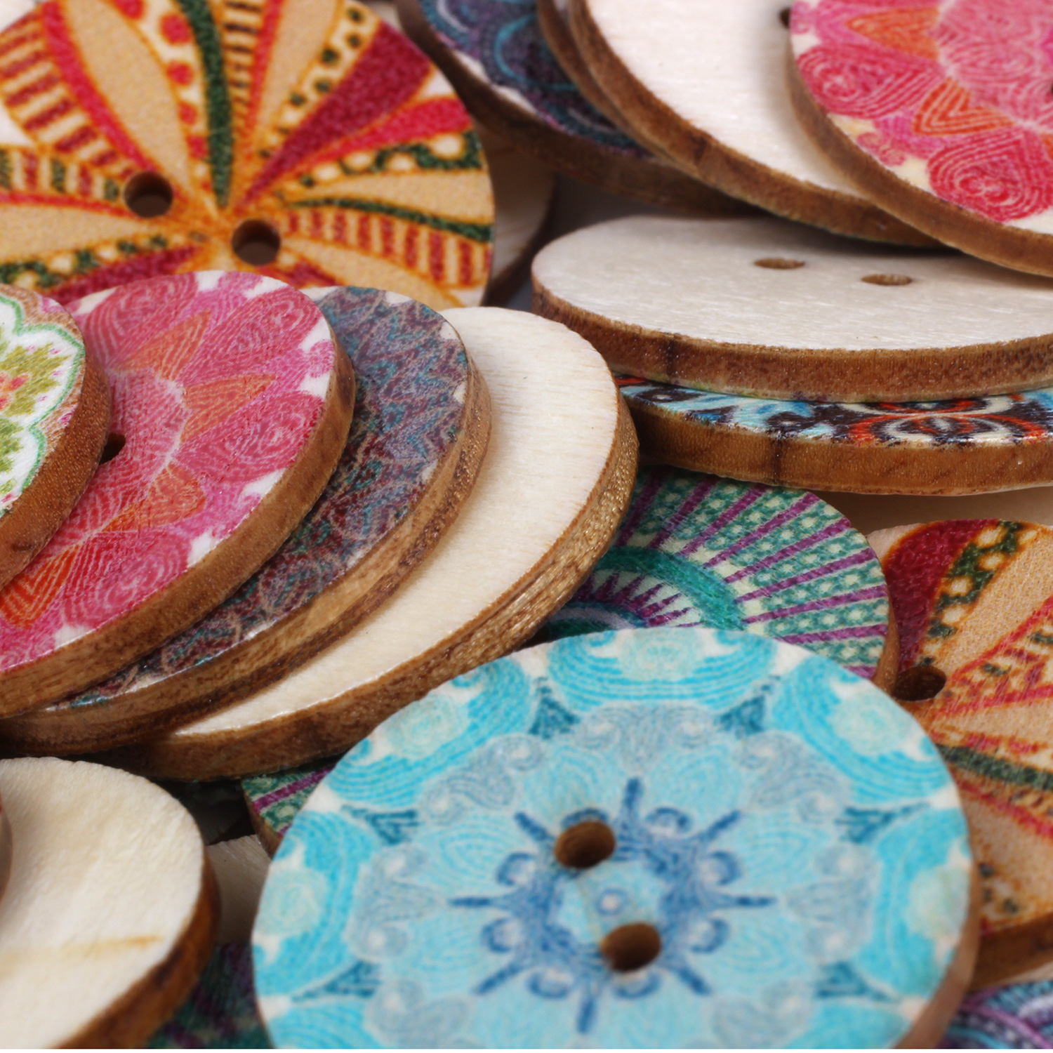 Mixed-Flower-Painting-Round-2-Holes-Wood-Wooden-Buttons-for-Sewing-Crafting-Z4I2 thumbnail 2