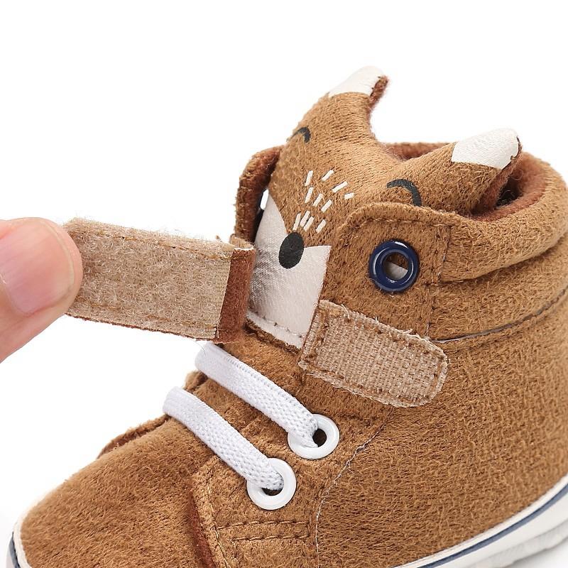 1X-1-paire-de-chaussures-de-bebe-d-039-automne-enfants-garcon-fille-tete-de-ren-J5H4 miniature 15