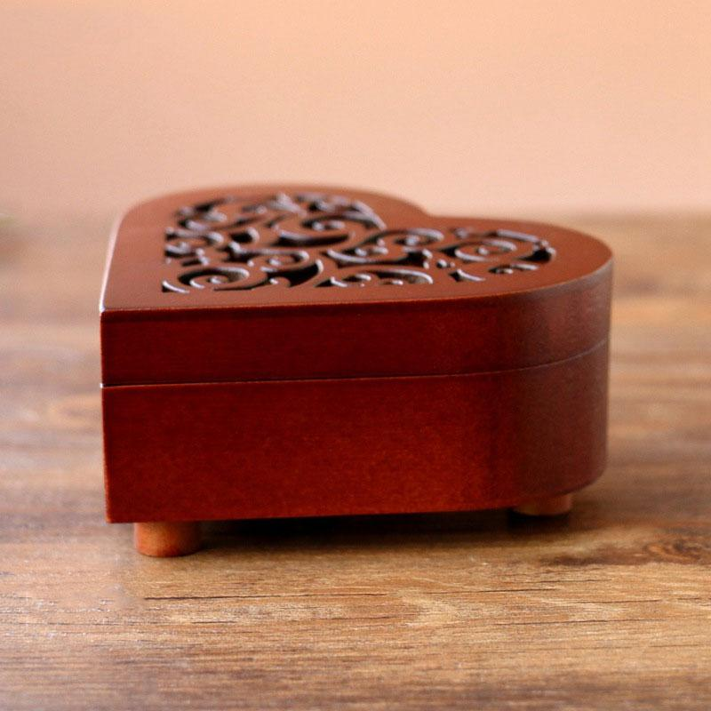 Creative-Heart-Shaped-Vintage-Wood-Carved-Mechanism-Musical-Box-Wind-Up-Mus-V3J8 thumbnail 5
