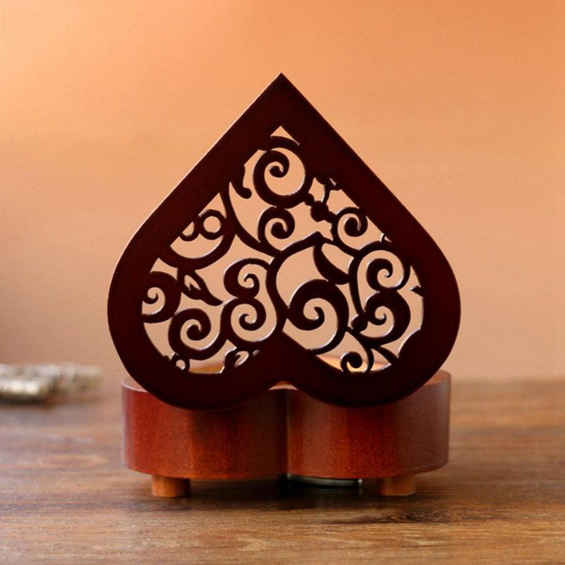 Creative-Heart-Shaped-Vintage-Wood-Carved-Mechanism-Musical-Box-Wind-Up-Mus-V3J8 thumbnail 8