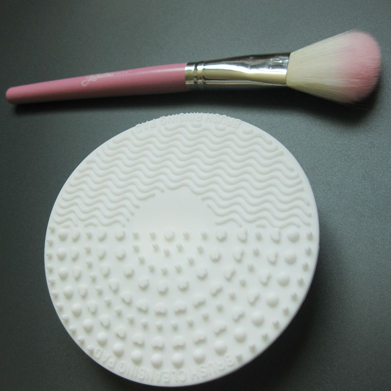 Silicone-Makeup-Brush-Cleansing-Pad-Palette-Brush-Cleaner-Cleaning-Mat-Wash-O2V1 thumbnail 10