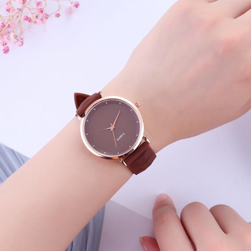 Mode-Gelee-Silikon-Frauen-Uhren-Laessig-Damen-Quarz-Uhr-Armband-Uhren-Uhr-L6X-1M7 Indexbild 8