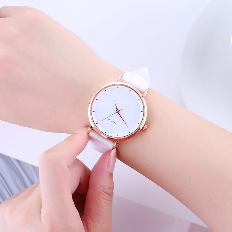 Mode-Gelee-Silikon-Frauen-Uhren-Laessig-Damen-Quarz-Uhr-Armband-Uhren-Uhr-L6X-1M7 Indexbild 12
