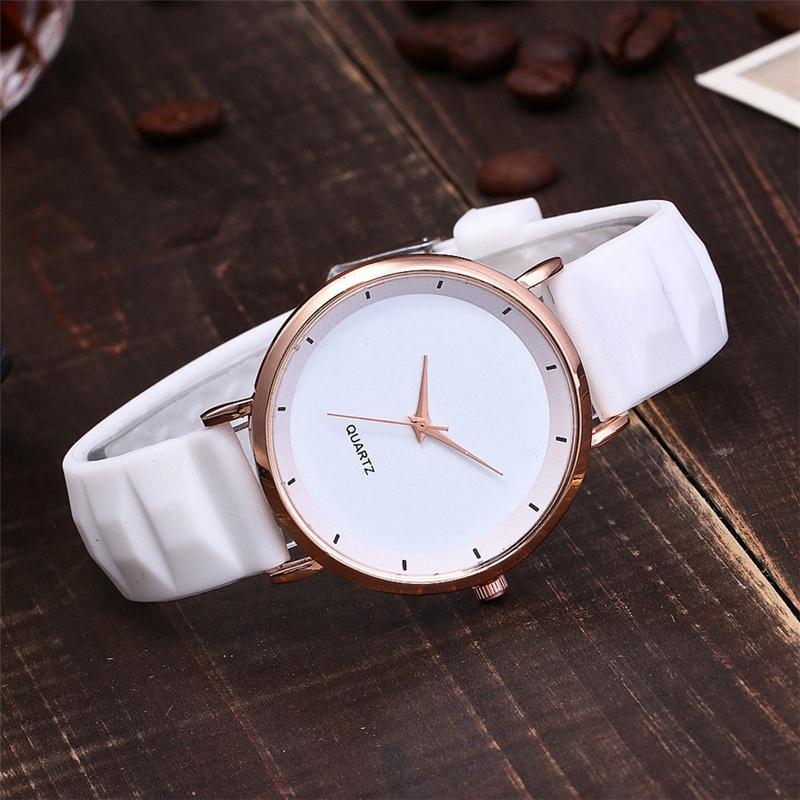 Mode-Gelee-Silikon-Frauen-Uhren-Laessig-Damen-Quarz-Uhr-Armband-Uhren-Uhr-L6X-1M7 Indexbild 16