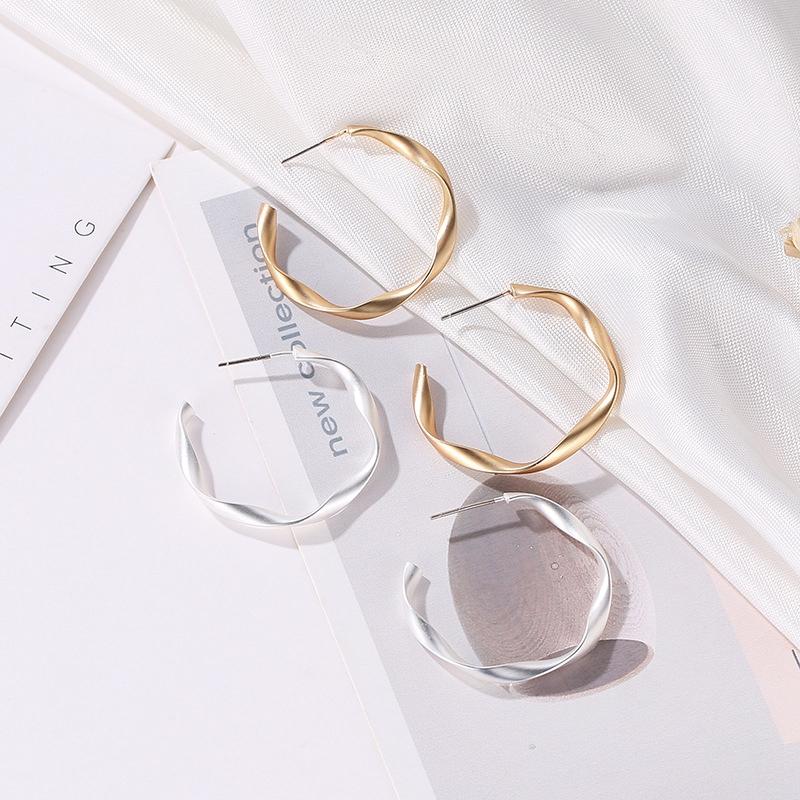 Indexbild 14 - Mode-Gold-Und-Silber-Ohrringe-Fuer-Frauen-Schmuck-Geschenke-Ohrringe-Modesch-P8H3