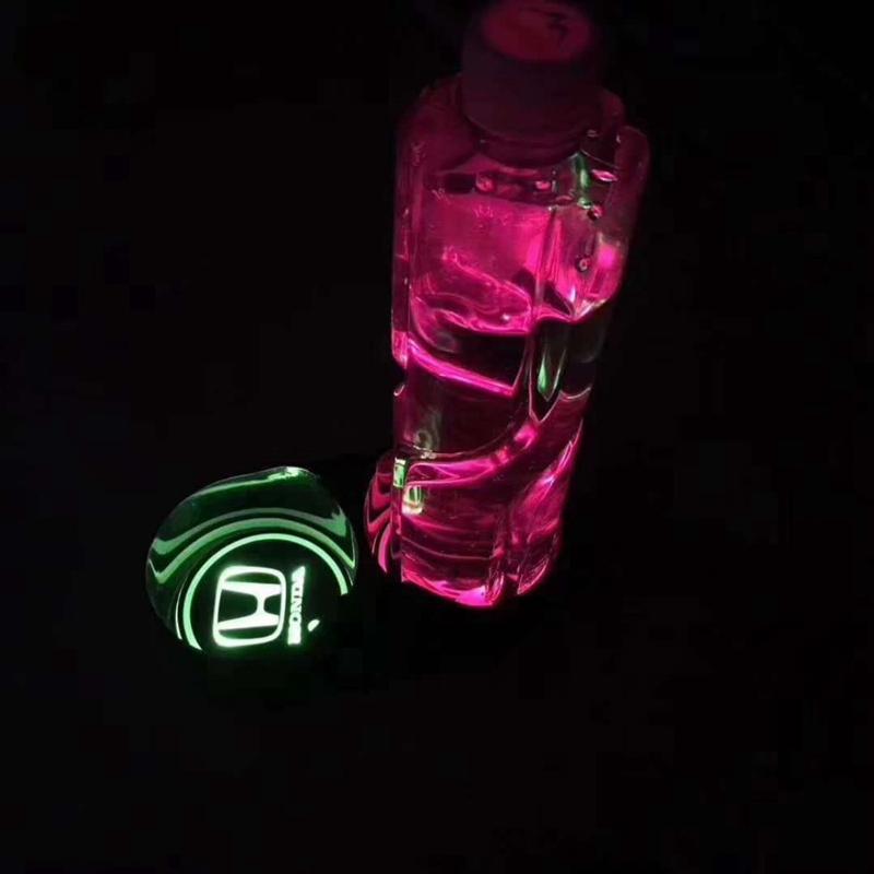 Tampon-de-Tasse-de-Bouteille-D-039-Eau-Lampe-Led-de-Voiture-Tampon-de-Tasse-Lam-H9X2 miniature 4