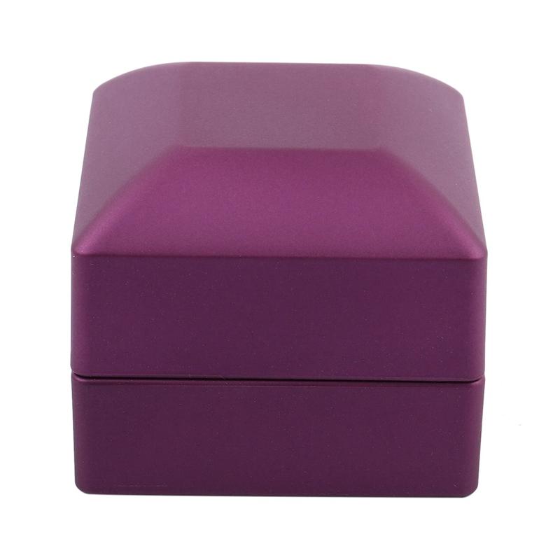 New-LED-Lighted-Ring-Gift-Box-Wedding-Engagement-Ring-Gift-Box-J6U1 thumbnail 4