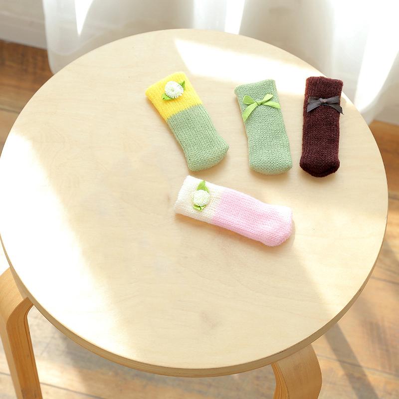 4Pcs-Chair-Leg-Socks-Cloth-Floor-Protection-Knitting-Wool-Socks-Anti-Slip-T-I5L2 thumbnail 4