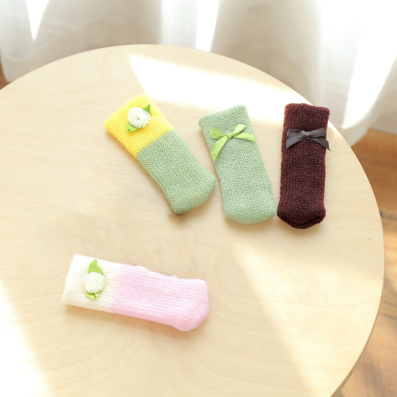 4Pcs-Chair-Leg-Socks-Cloth-Floor-Protection-Knitting-Wool-Socks-Anti-Slip-T-I5L2 thumbnail 6