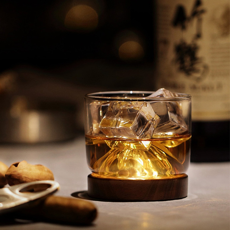 New-Whiskey-Glass-Small-Glass-Japanese-Style-Mountain-Wooden-Bottom-Wine-Gl-Z9U7 thumbnail 3
