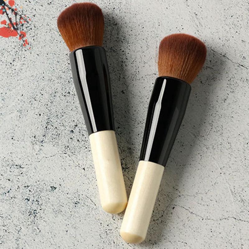 Beauty Blender Or Brush For Full Coverage: Powder Makeup Brush Wood Handle Dense Soft Round Bristle