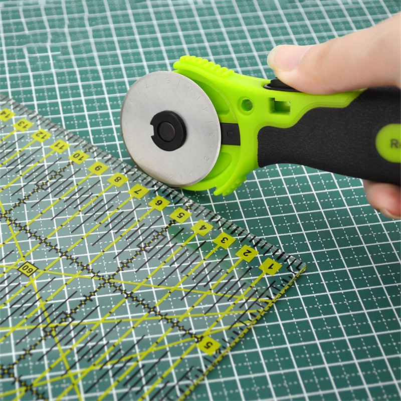 Cloth-Rotary-Green-Cutter-Patchwork-Roller-Wheel-Round-Knife-Leather-Paper-U4U9 thumbnail 7
