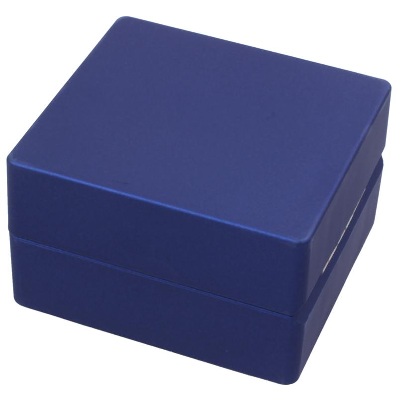 New-LED-Lighted-Ring-Gift-Box-Wedding-Engagement-Ring-Gift-Box-J6U1 thumbnail 14