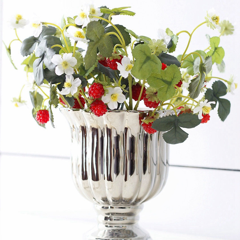 thumbnail 5 - 1X-6-Pcs-Acrylic-Strawberry-Artificial-Fruit-Flowers-for-Party-Home-Garden-X3O6