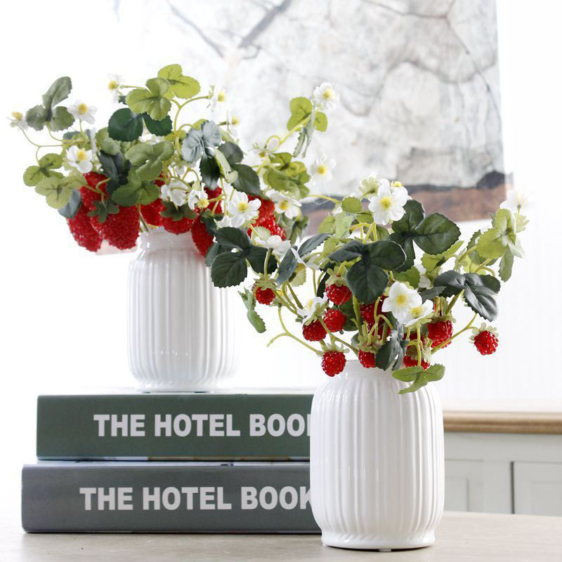 thumbnail 7 - 1X-6-Pcs-Acrylic-Strawberry-Artificial-Fruit-Flowers-for-Party-Home-Garden-X3O6