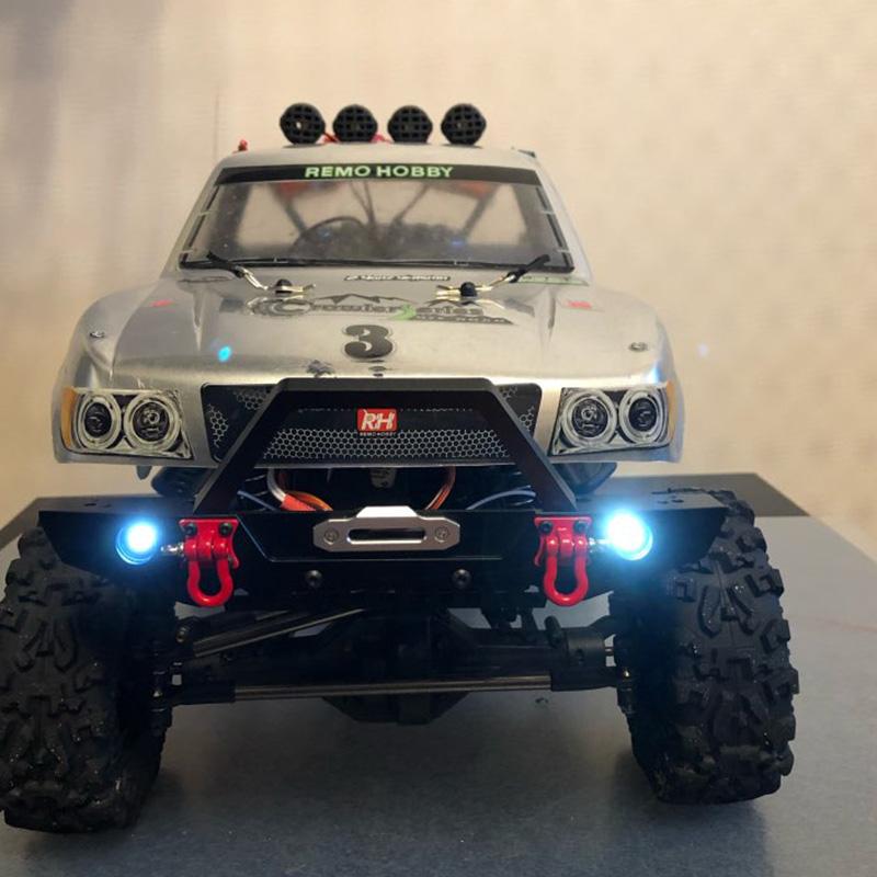 Indexbild 6 - 1-10-RC-Crawler-Metal-Bumper-mit-Beleuchtung-fuer-1-10-Axial-SCX10-90046-RC-J6G1