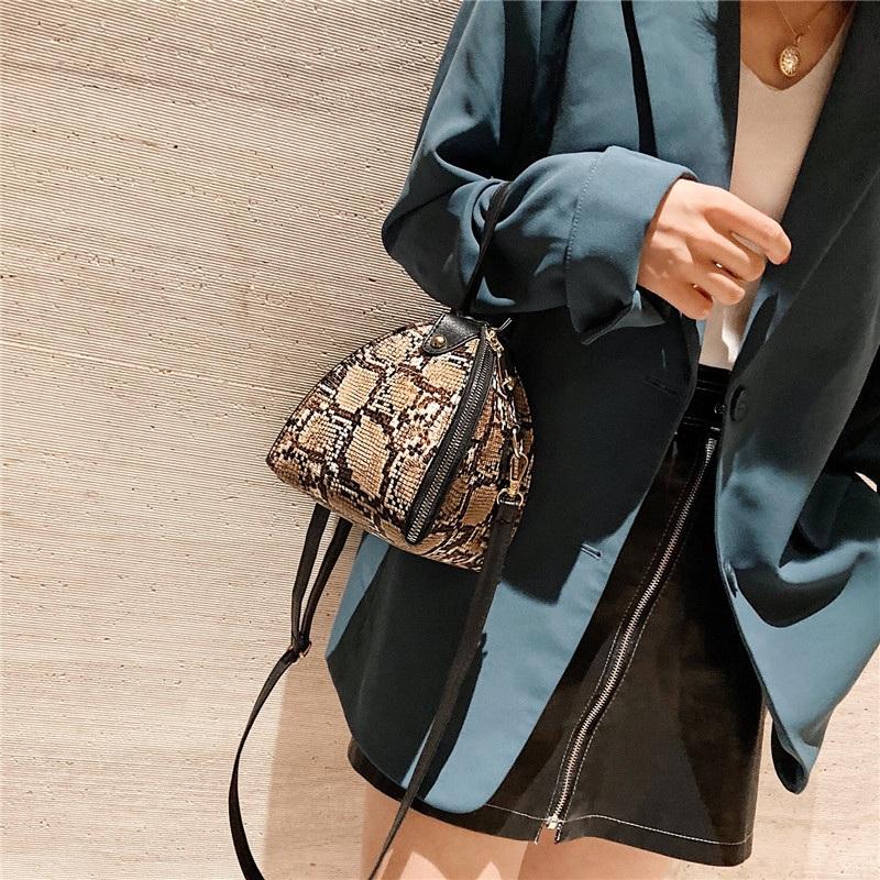 Handbags-Messenger-Bags-Print-Women-039-S-Trend-Large-Capacity-Leather-ShoulderX9H6 thumbnail 3