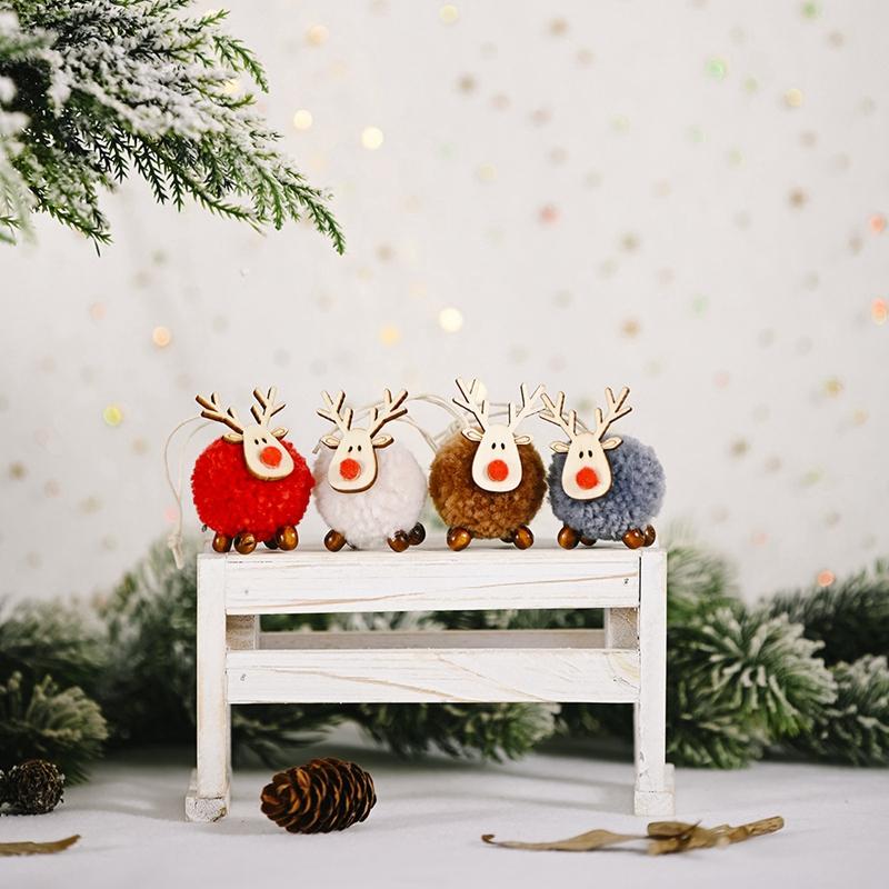 Indexbild 4 - 4-PACK-Niedlich-Filz-Holz-Elch-Weihnachts-Baum-Dekorationen-HaeNgen-AnhaeNger-U1C7