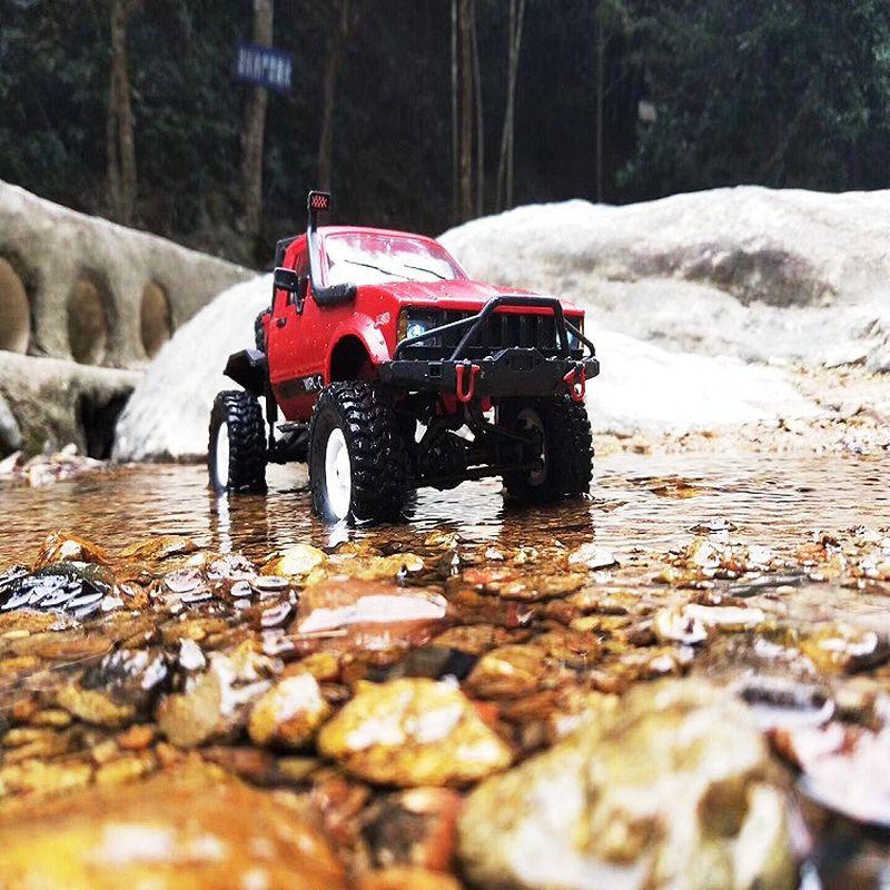 WPL-C14-1-16-Echelle-2-4G-2CH-4WD-Mini-Off-road-RC-Semi-camion-RTR-pour-les-2T6 miniature 8